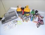 図08-01. 回収された小型乾電池などの写真